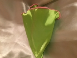 Apple Green with Pink Trim Round Pocket Square