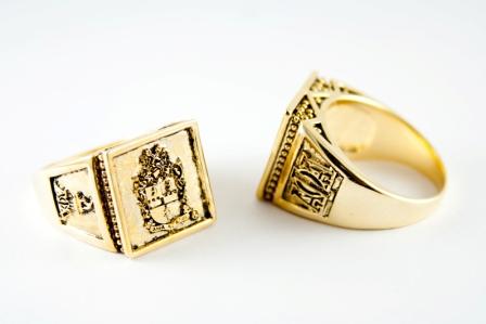 Alpha Phi Alpha Gold Crest Ring