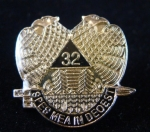 MASTER MASON 32 degree ETCHED W/ EPOXY LAPEL PIN -Out of stock